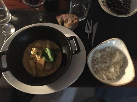 Curry rojo de rape negro