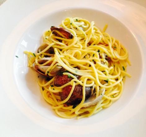 flavia-restaurante-madrid-pasta-almejas